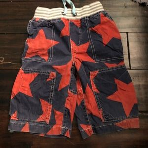 Mini boden red star shorts baggies
